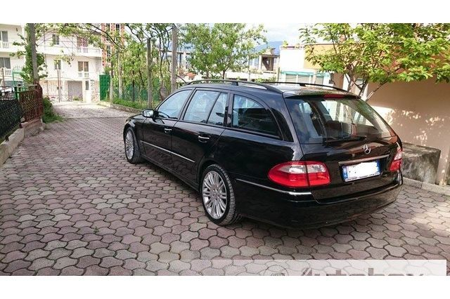N shitje mercedes benz e class viti 2004 naft for Mercedes benz viti
