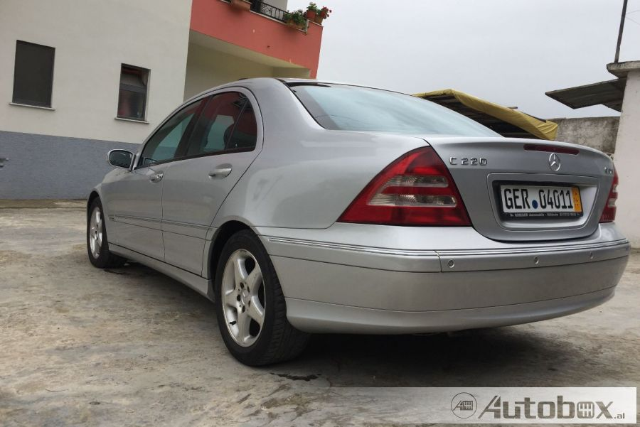 Mercedes benz c class 2000 diesel for Mercedes benz c class 2000