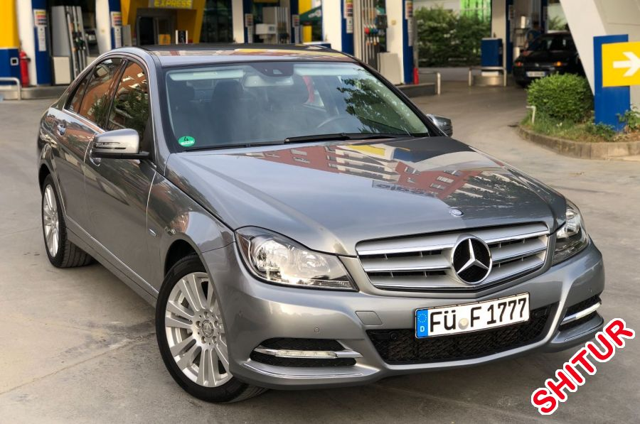 N shitje mercedes benz c class viti 2011 naft for Mercedes benz viti